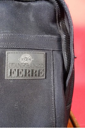 Gianfranco Ferre zaino unisex impermeabile nero nylon manico bretelle zip