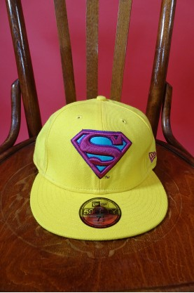 New Era cappello con visiera superman colore giallo con ricamo misura 7-1/2 59.6 cm