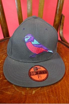 New Era cappello con visiera donna colore grigio con ricamo misura 7 1/2 59.6 cm